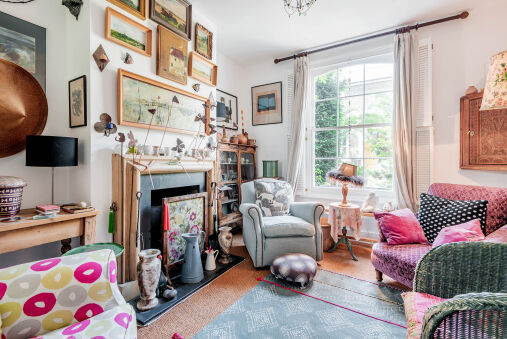 Enchanting Hammersmith Home close to Shepherds Bush