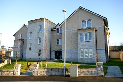 Spacious Contemporary apartment near Aberdeen City Centre