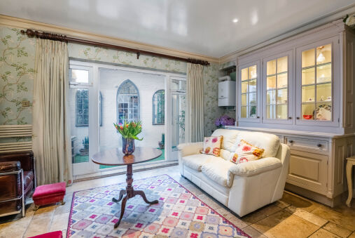 Classic Westminster Home near to Buckingham Palace