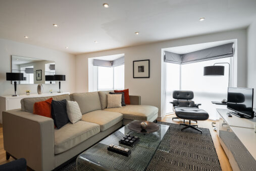Trendy Queen's Park Home close to Hampstead