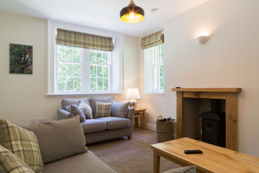 Luxury Lodge with Garden in the Grade II*'listed Netherby Hall