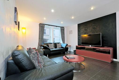 Trendy Home in Aberdeen